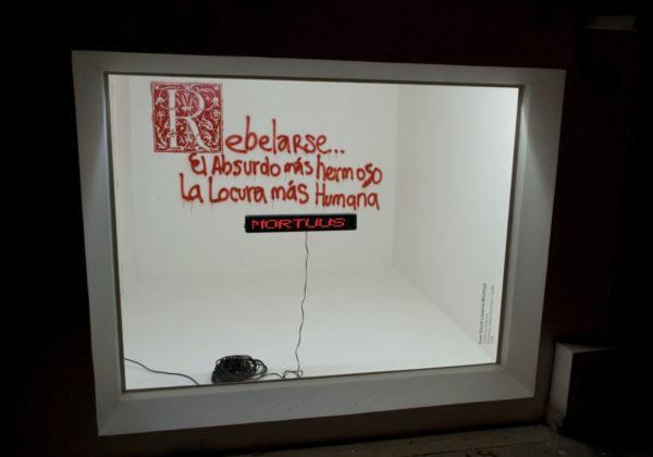 Grafitorum Electritat / Tablero Electronico y Grafiti /2008 / La Vitrina Lugar a Dudas