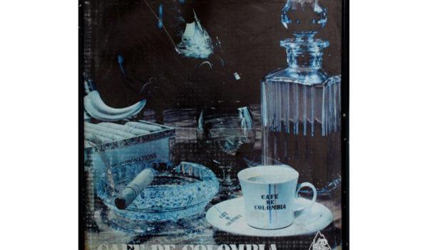 Colección de Objetos Encontrados, Fabricación de Documentos, Recuperación de Archivos Publicitarios / Procesos de Deterioro / Dimensiones Variables / 2010